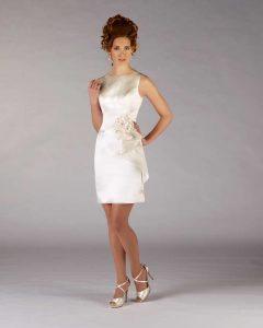Brautkleid in der kurzen form