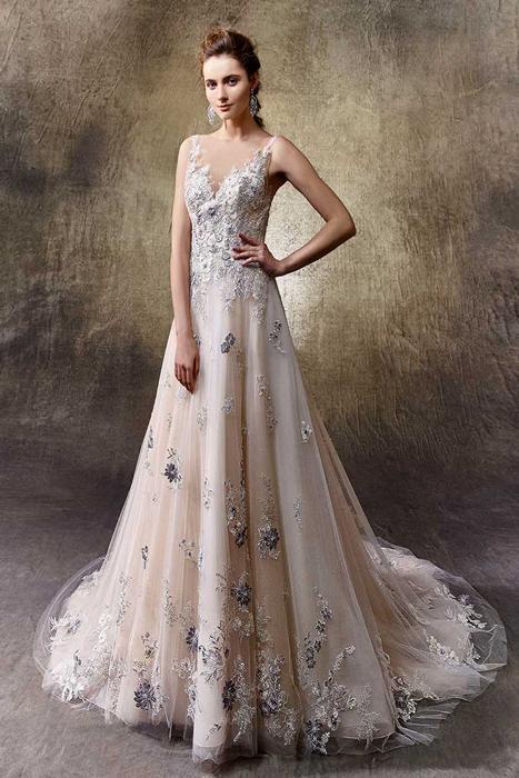 Brautkleid in Rosa von Enzoani