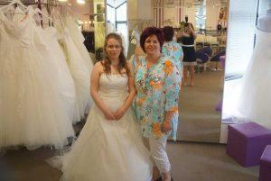 braut_sabine01 von amazing-dress mit renate