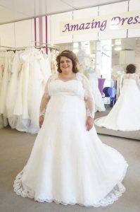 Sabine in Ihrem Brautkleid