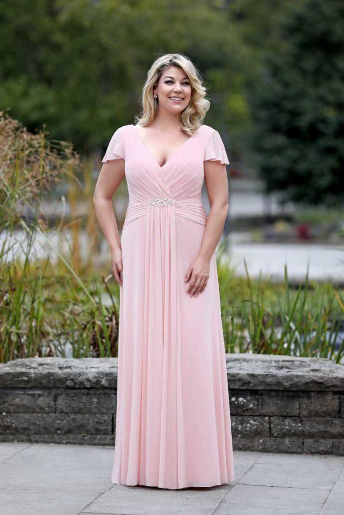 abendkleid-von-amelie in rosa lang