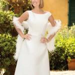 Brautkleid mit feder boa