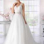 Brautkleid mit farbigen gürtel