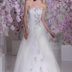 Brautkleid mit Blumen