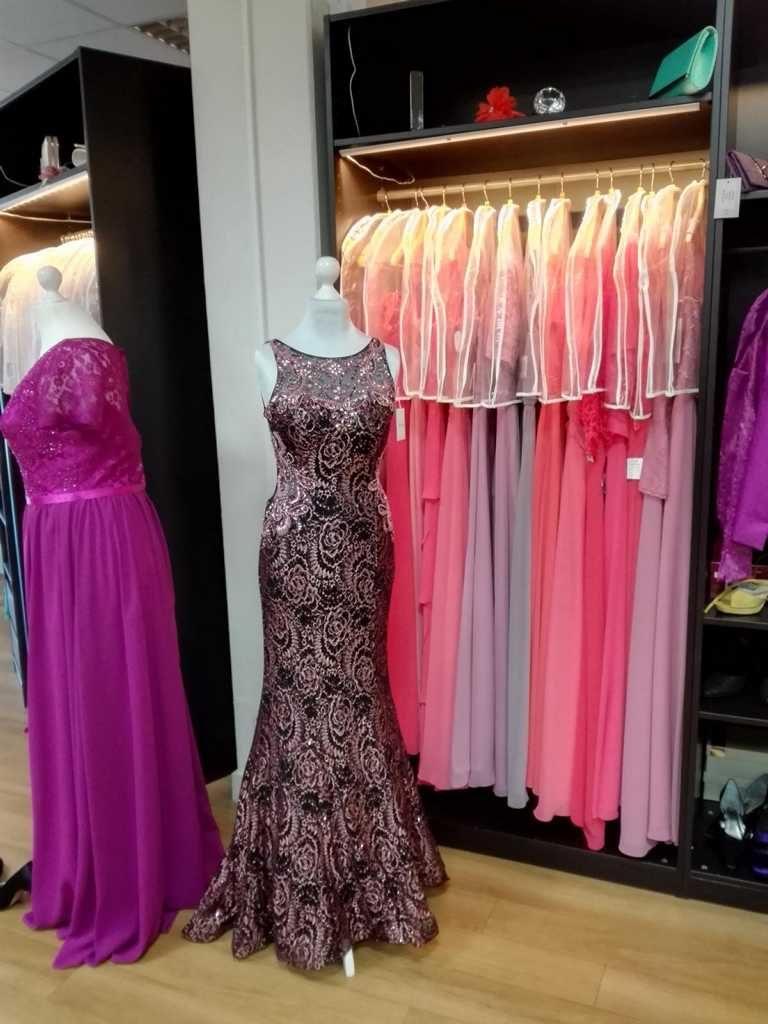 Abendkleid Rosa Schwarz Meerjungfrau Style